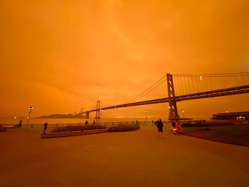 VIDEO: San Francisco se pinta de naranja por incendios forestales